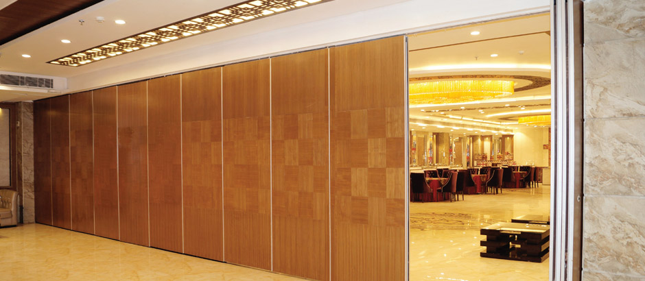 Ozone presents acoustic movable wall partition systems | GlassBulletin